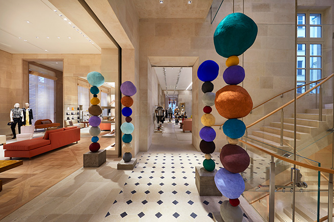 Louis Vuitton de retour place Vendôme