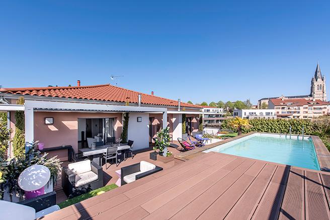 immobilier prestige paris en provence sur la c te d 39 azur et dans le sud ouest maisons de. Black Bedroom Furniture Sets. Home Design Ideas