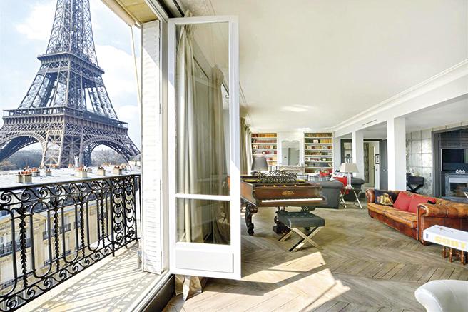 appartement de luxe paris vue tour eiffel id es d coration id es d coration. Black Bedroom Furniture Sets. Home Design Ideas