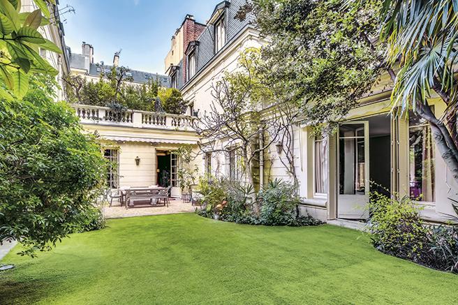 Villa  Rue Barbet De Jouy