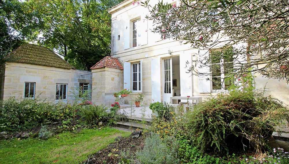 Immobilier prestige paris en provence sur la c te d for Location immobilier prestige