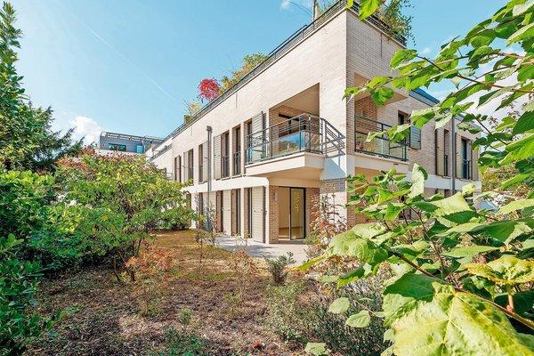 The real estate advertisements to sale of terrasses et for Terrasses et jardins paris