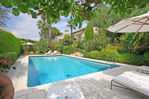 maison luxe et prestige vendre mougins 7 pi ces 170m 1153364. Black Bedroom Furniture Sets. Home Design Ideas