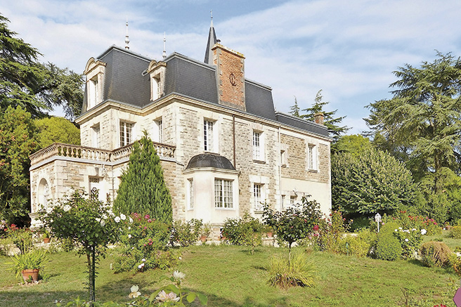 Crepy Immobilier : a reference in the south­ern Loire