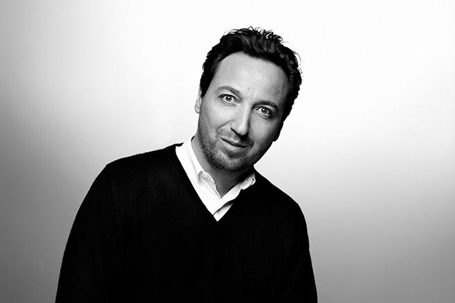 Emmanuel Perrotin investit le Crillon
