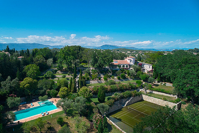 "Mougins, the ""garden city"""