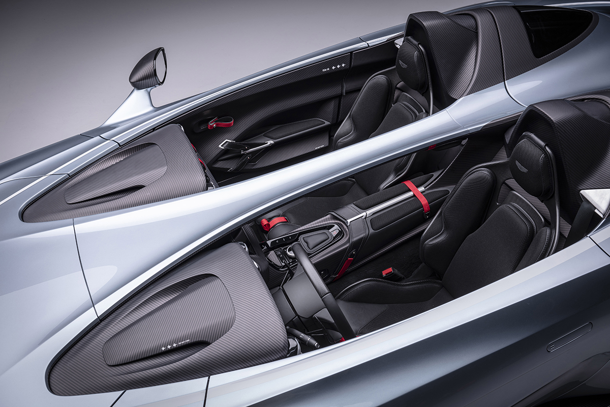 V12 Speedster,  avis aux puristes
