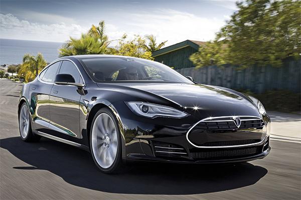 Tesla Model S, un temps d'avance
