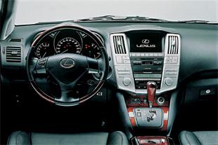 Lexus RX 300, sportif et élégant