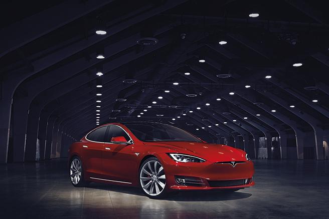Tesla Model S  un restylage en règle