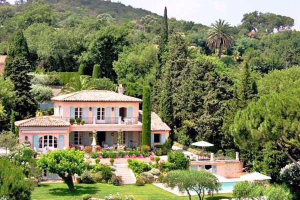 Maison luxe et prestige louer st tropez 7 pi ces 260m 964619 for Maison prestige a louer
